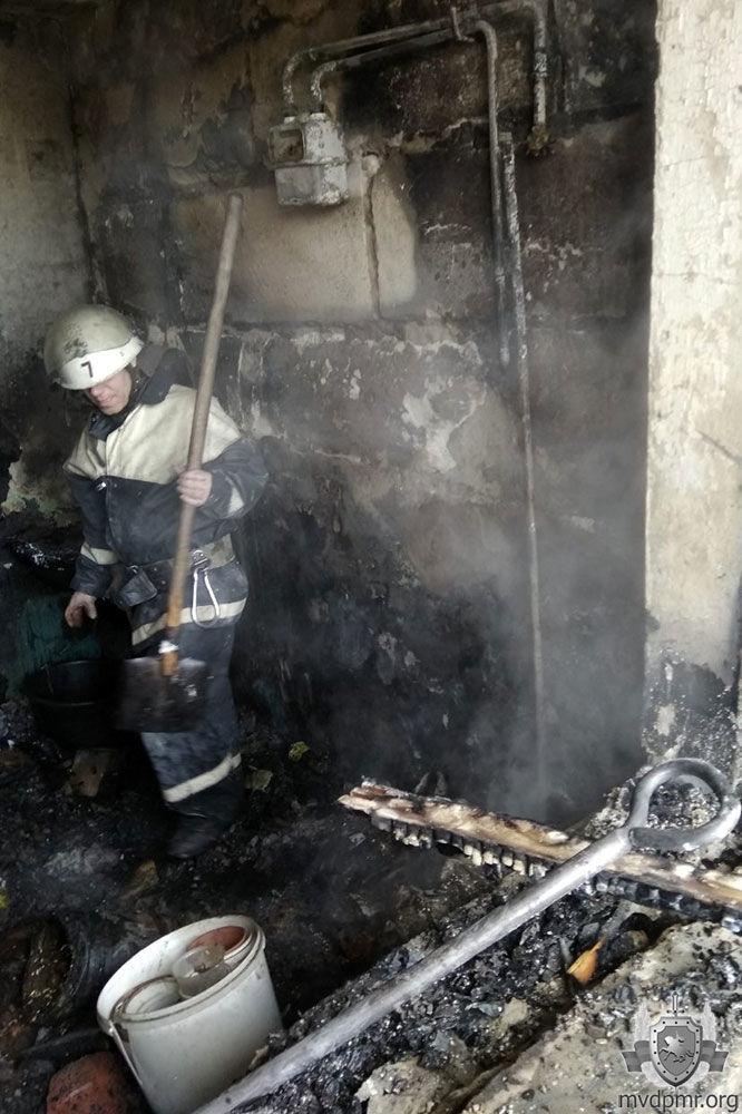 Забытая свеча стала причиной пожара в квартире жительницы Дубоссар фото 6
