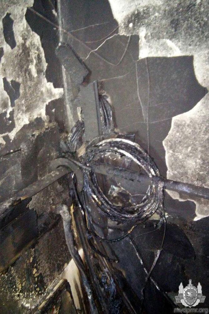 Забытая свеча стала причиной пожара в квартире жительницы Дубоссар фото 4