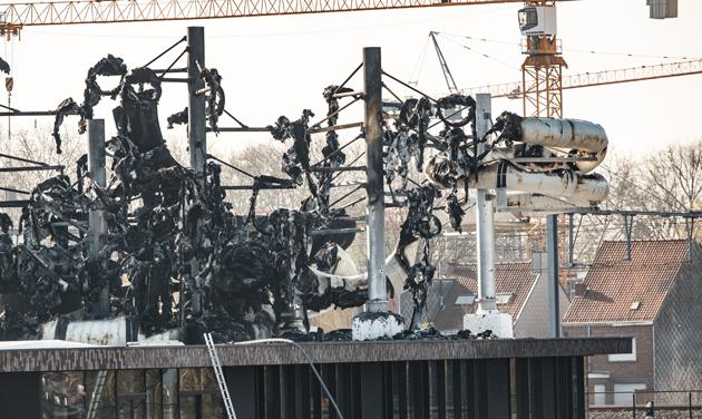 В Бельгии сгорел аквапарк за 33 миллиона евро фото 2