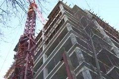 Трагедия на стройке в Кишиневе: рабочий погиб, сорвавшись с 10-го этажа