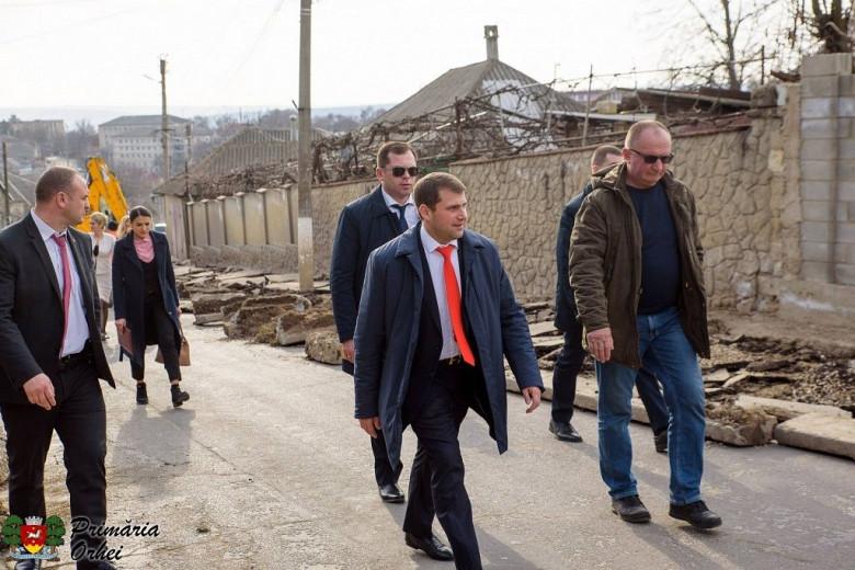 """Илан Шор: """"Пока политики лишь болтают, я строю дороги"""" фото 10"""