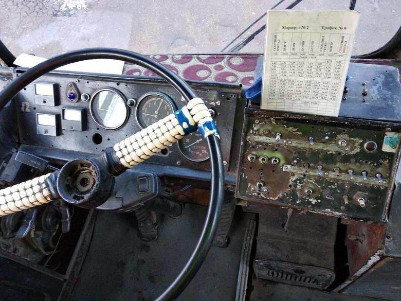 В Бельцах полицейские проверили троллейбусы: четыре машины не вышли на линии фото 2