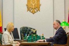 Президент Игорь Додон обсудил с Ириной Влах перенос выборов башкана