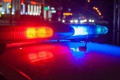 Подвыпившие приятели избили и ограбили жителя столицы