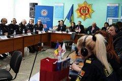Молдавских полицейских проинструктировали агенты ФБР