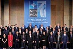 """""""Угроза для всего мира"""": в Германии призвали одуматься и распустить НАТО"""