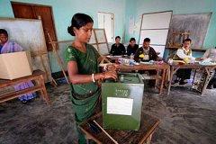 В Индии начались самые масштабные в истории парламентские выборы