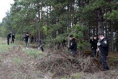 Более 200 полицейских приняли участие в уборке Ботанического сада и парка La Izvor