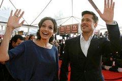 Известные киноактеры Анджелина Джоли и Брэд Питт официально развелись