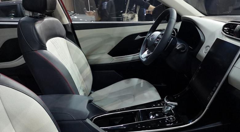 Hyundai Creta нового поколения: облик в стиле Sonata и огромный планшет в салоне! фото 2