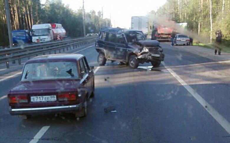 КАМАЗ на встречке спровоцировал аварию 7 автомобилей фото 2
