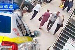 Полиция разыскивает неадекватного мужчину, напавшего на женщин на улице