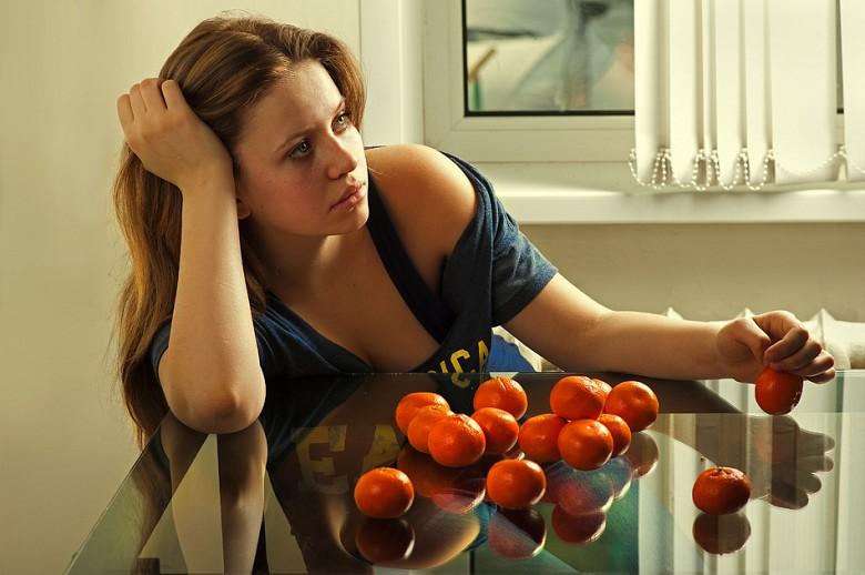 Авитаминоз может быть причиной весенней хандры...