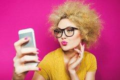 Селфи – увлечение, мода или психологическая проблема?