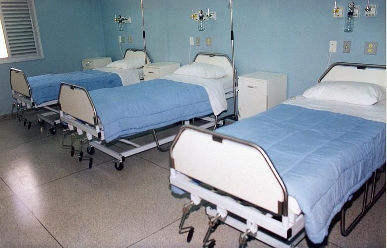 Если мы продолжим оставаться в самоизоляции, то уже к концу апреля, свободных больничных коек станет намного больше