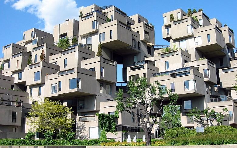 Идею этого дома архитектор явно подсмотрел в пчелином улье