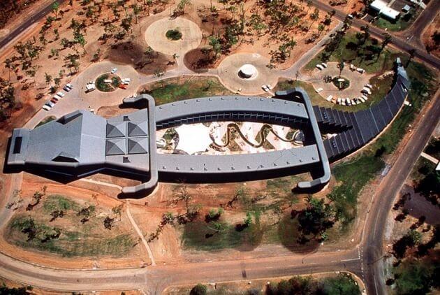 Дом-крокодил, Австралия