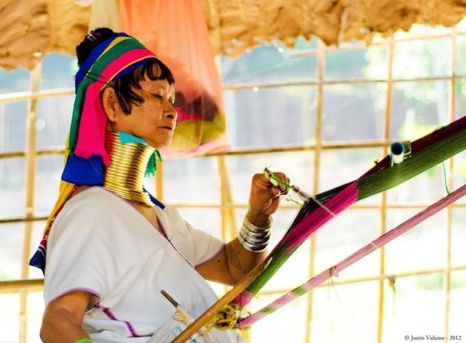 Длинная шея, женщины племени «Падаунг»