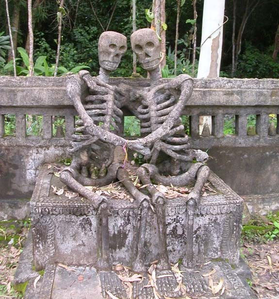 Памятник Влюбленным до гроба, Тайланд