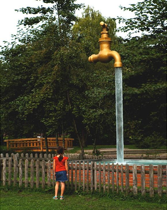 Памятник Водопроводной воде, Швейцария