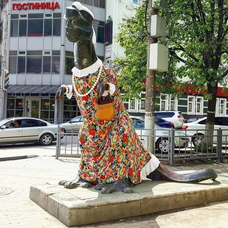 Памятник Тещё, Тула
