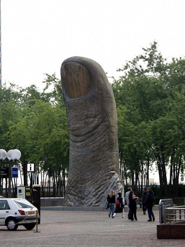 Памятник Персту указующему, Париж, Франция