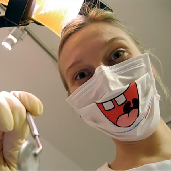 Креативные медицинские маски фото 11
