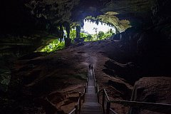 Необычные пещеры мира
