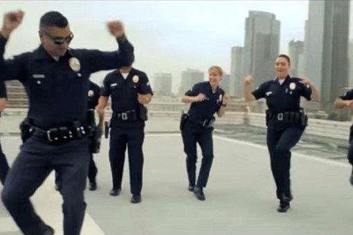 Коронавирусный карантин. Как полиция поддерживает людей!